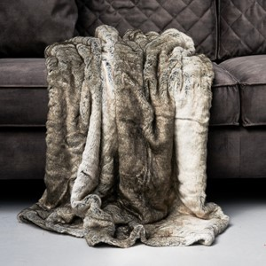 Magic Mink Faux Fur Pledd - Rivièra Maison